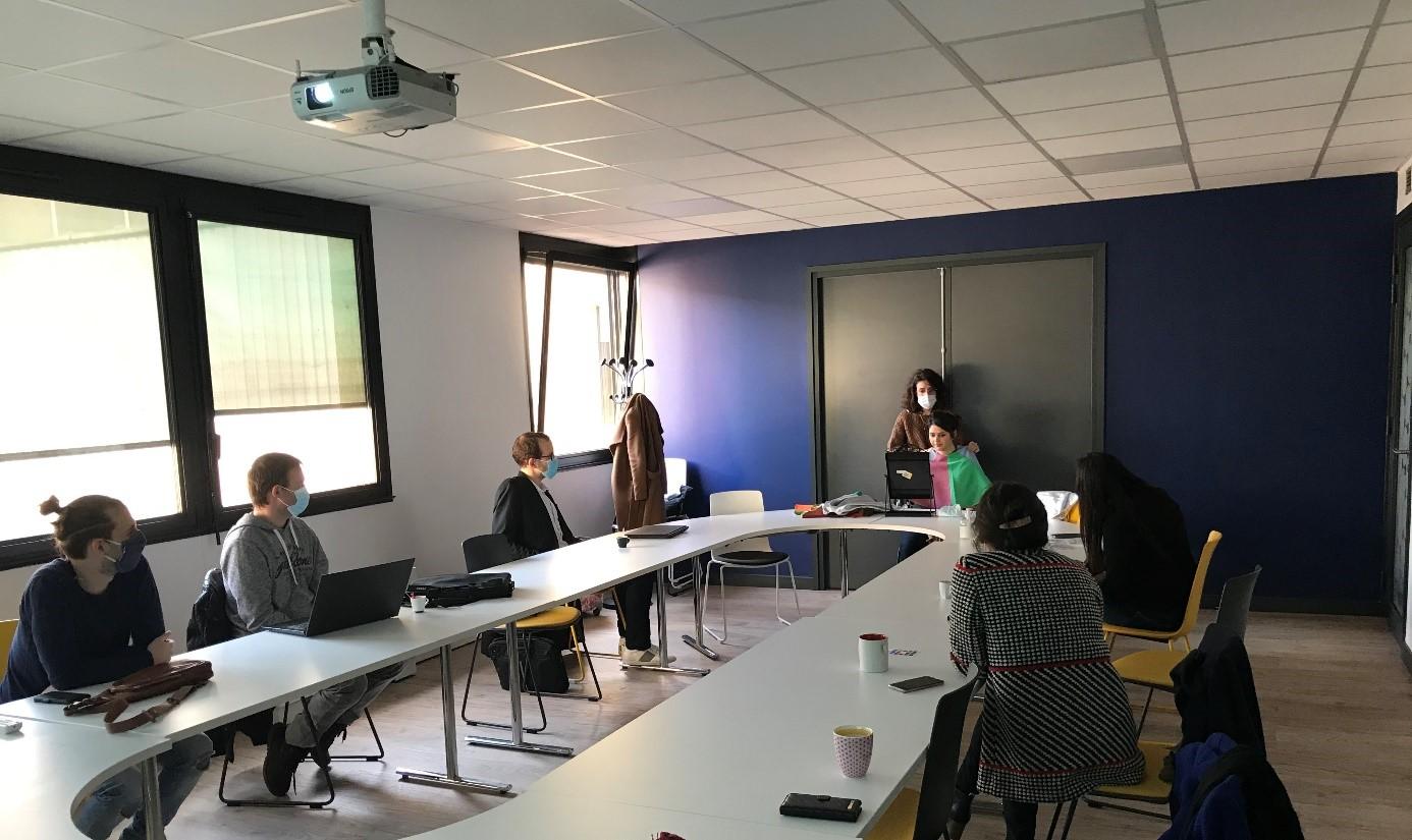 Atelier de coaching pour les autistes Asperger organisé par le MEDEF Lyon-Rhône avec l'Agefiph et Aspiejob
